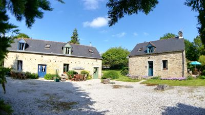 Photo for 3 6-bed houses with a plot of about 1 hectare and a heated pool