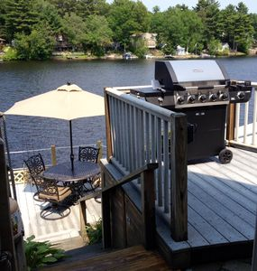 Welcome to family fun and dining, directly on the lake!