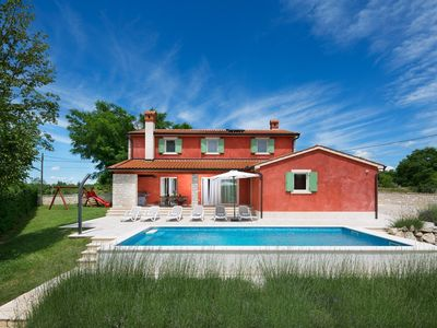 Photo for Villa in the center of Šumber with Internet, Pool, Air conditioning, Parking (961237)