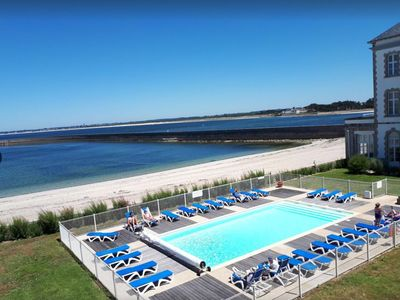 Photo for Beautiful T3 with heated pool and private beach access