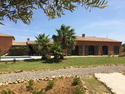 Photo for Beautiful house with swimming pool in a vineyard of Roussillon [Wifi- Canal +]