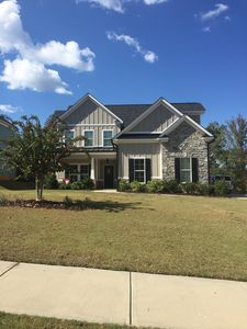 Photo for 5 Bed, 3.5 bath modern home less than 1 mile from Champions Retreat Golf Club