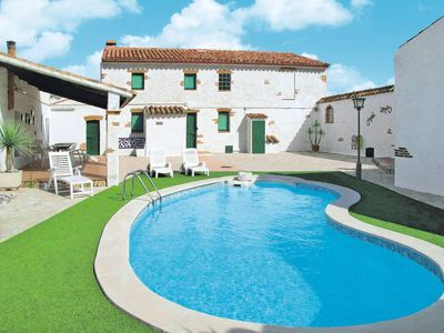 Photo for 4 bedroom Villa, sleeps 8 in El Perelló with Pool and WiFi