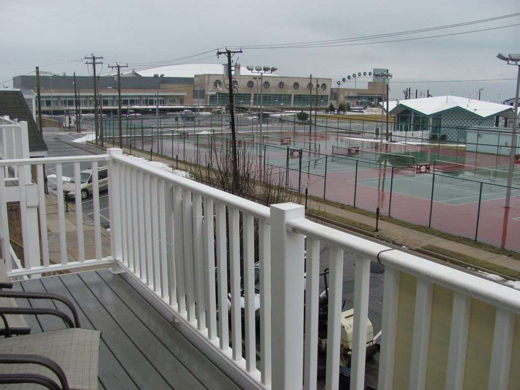 Beautiful beach block condo! Steps from the boardwalk and convention center!