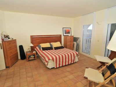 Photo for 3 bedroom semi-detached house w/ sea views, patio and parking place, 5 min to the center in Begur (H66)