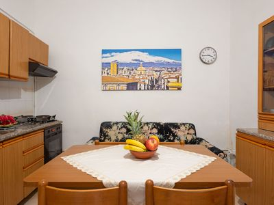 Photo for Cosy Holiday Apartment in the Heart of Catania; Parking Available; Pets Allowed
