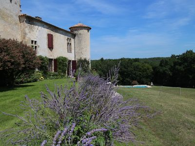 Photo for Aquitaine, near Agen, castle for rent with swimming pool 24 people