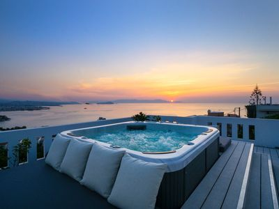 Photo for Rooftop Jacuzzi Apartment