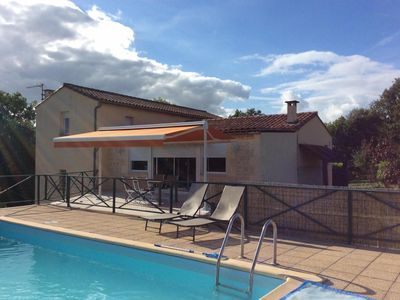 Photo for House in the Perigord Noir with heated pool for up to 8 people