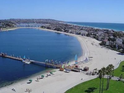 Walk to sand and mission bay water park and resort amenities. PB is 1 block adj