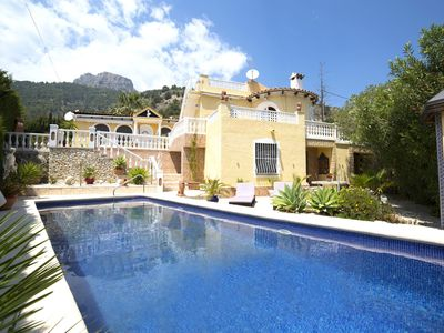 Photo for Stunning private villa for 6 people with A/C, private pool, WIFI, TV and parking