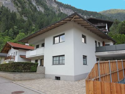 Photo for Luxurious family apartment near the Mayrhofen ski areas