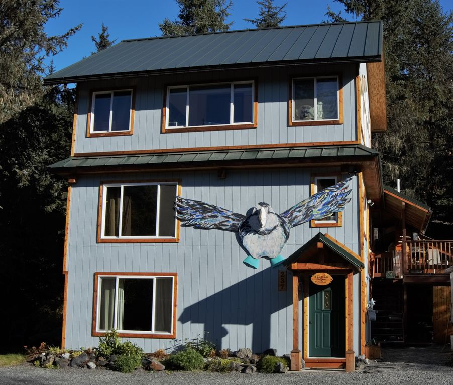Anchorage Apartment Finder: A Slope Side Apartment By Alyeska Resort. Private