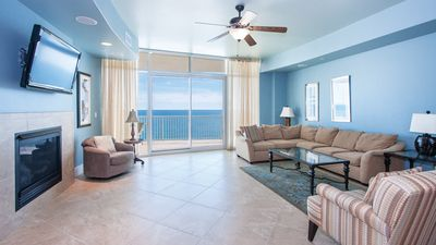 Photo for TPD1002 - Relaxing Three Bedroom Unit at