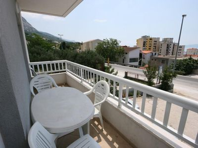 Photo for Three bedroom apartment with terrace and sea view Makarska (A-6641-c)