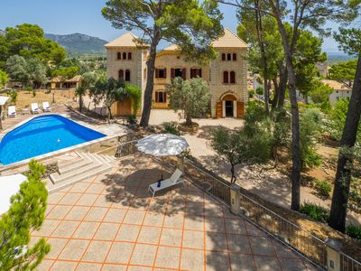 Photo for Holiday castle for 12 people, magnificent garden with own viewpoints
