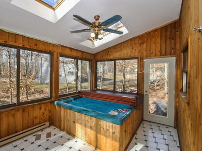Photo for 3 Floor 5 bd 3 bathsHome w/inside Hot Tub, Pool table, 90 min from NYC