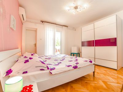 Photo for A double room S1 with balcony in Guest house Marica