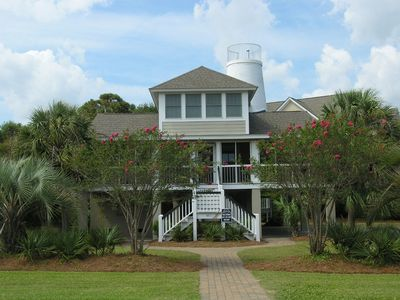 Photo for Spacious beach house, 2 TV dens, furnished screened porch, easy walk to beach