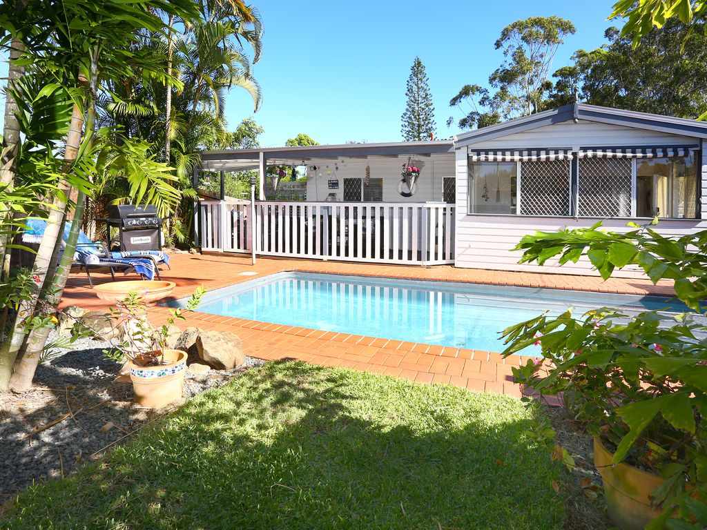 Surfers beach cottage pet friendly vrbo - Pet friendly cottages with swimming pool ...