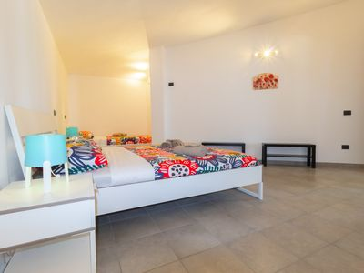 Photo for Beautiful apartment in villa 2 steps from the sea