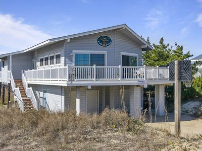 Photo for Cozy Beach cottage, wave watching delight! Sleeps 10!