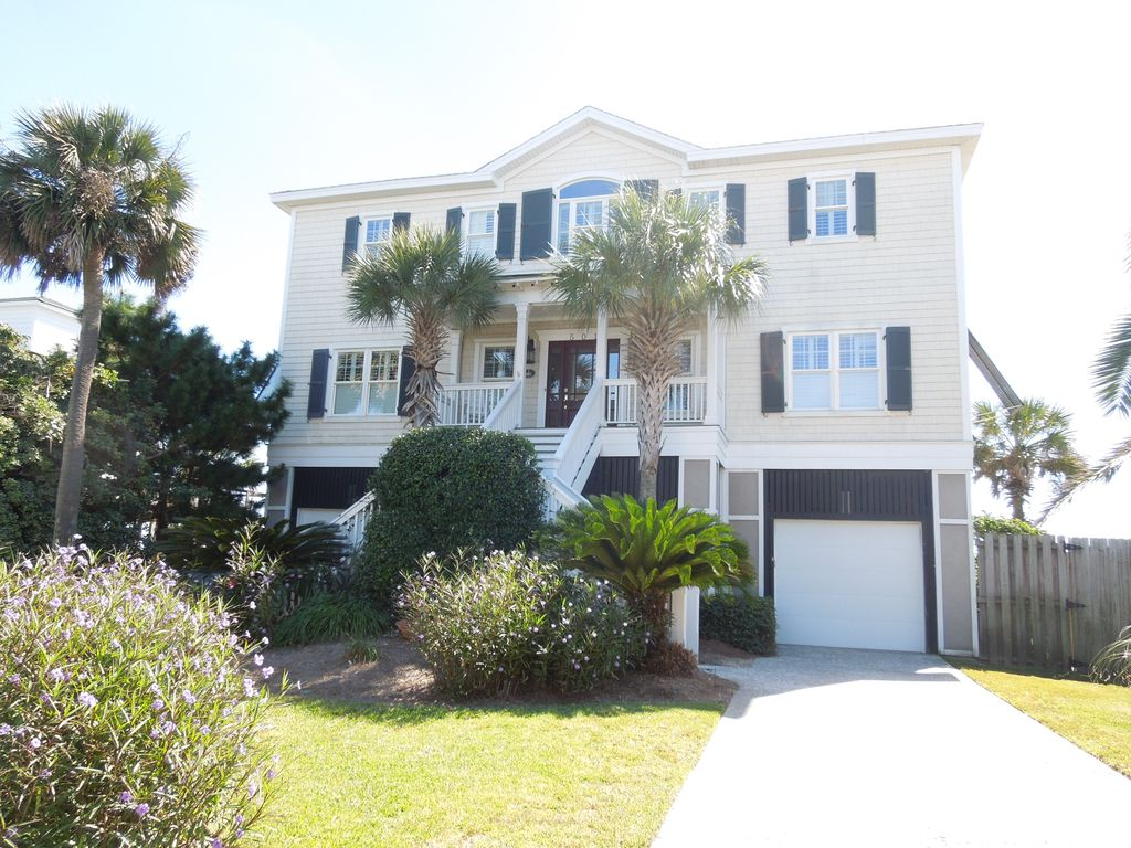 Hakuna Matata Large Oceanfront Home With Great Amenities