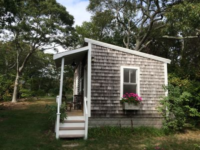 Photo for Charming Secluded Cottage In East End - AC/heat/free WiFi
