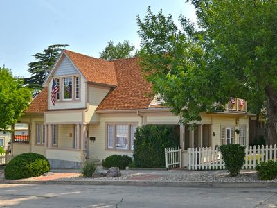 Photo for Prescott Carriage House - Only 2 Blocks from the Courthouse Square!