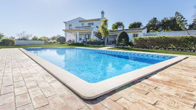 Photo for Modern villa for 9 people, with private pool and parking.
