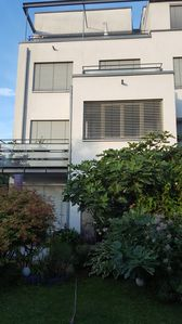 Photo for Very quiet, close to the city center (1.3km) with a large roof terrace