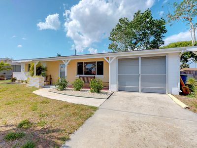 Photo for NEW LISTING! Cozy home in quiet neighborhood near golfing & the beach