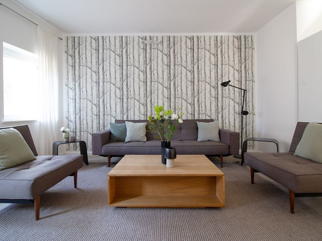 Large Comfortable Apartment In The