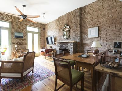 Photo for Refined Escape - Idyllic 1-Bed Brownstone