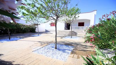 Photo for Independent villa in the Maldives of Salento with 3 bedrooms and two bathrooms