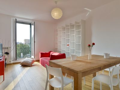 Photo for Bright and modern 2 bedrooms apartment - Close to Subway and Railway Station