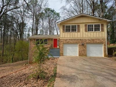 Photo for Spacious 4BR Home in Stone Mountain
