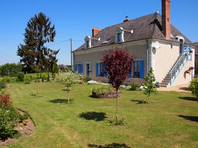 Photo for Delightful Upstairs Apartment in the Beautiful Rural Countryside of the Loire.