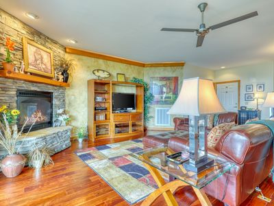 Photo for End unit condo w/ direct access to Beech Mountain ski slope
