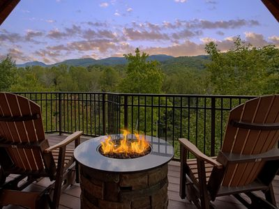 Photo for Unrestricted views of the smokies in this Luxury getaway cabin.