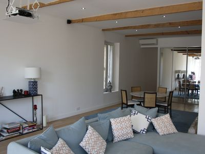 Photo for Fully renovated 6 bed apartment - Place des Carmes