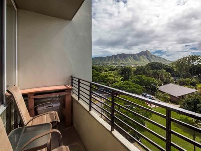 Photo for Pacific+Diamond Head Vista! Flat Screen, WiFi, Kitchenette, AC–Waikiki Grand 710