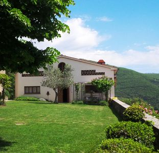 Photo for Villa in Tuscany with pool and stunning panoramic position
