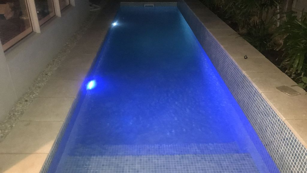 The Clyde - 4 beds Heated pool