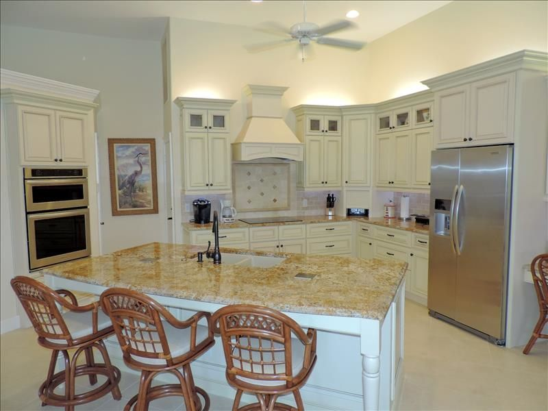 Marco Island Suites With Kitchen