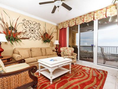 Photo for Charming Condo! Pools Onsite, Free Beach Equipment Rental, Nearby Dining!