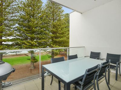 Photo for 24 The Breeze - Sea Views Right in the Heart of Victor Harbor