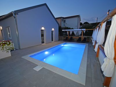Photo for Lovely holiday home with private swimming pool, beautiful sea view terrace, BBQ