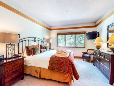 Photo for 3rd floor skier's escape studio w/ shared pool, golf nearby, skiing nearby