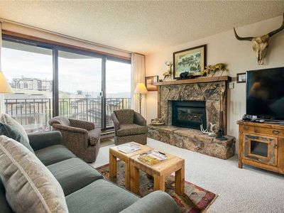 BT207 by Mountain Resorts: *Stunning views from private deck*Winter Shuttle*